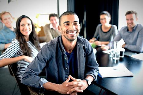 Equipe de Especialistas em Marketing Digital First Page