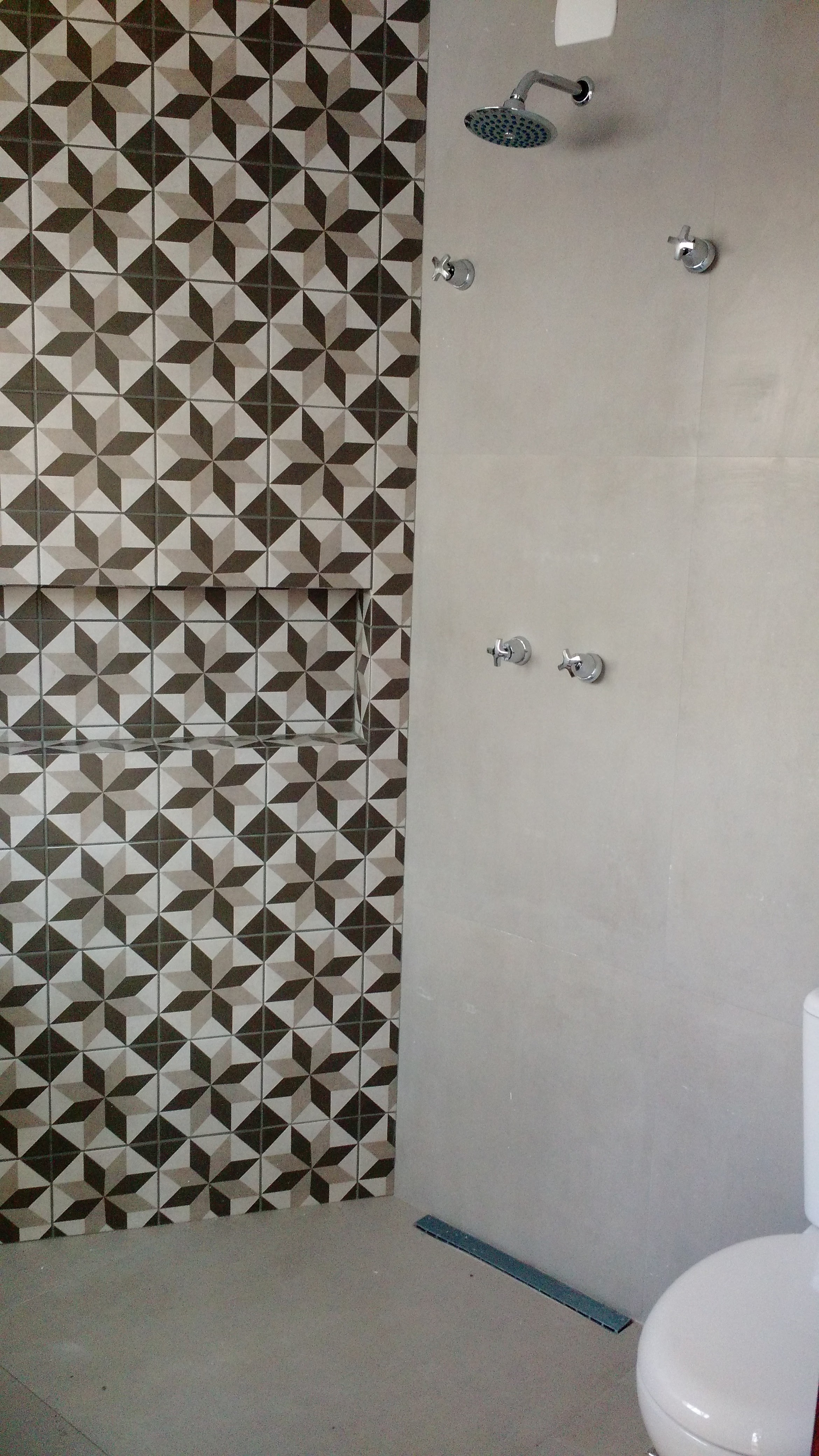 Azulejo e Cimento Acrílico