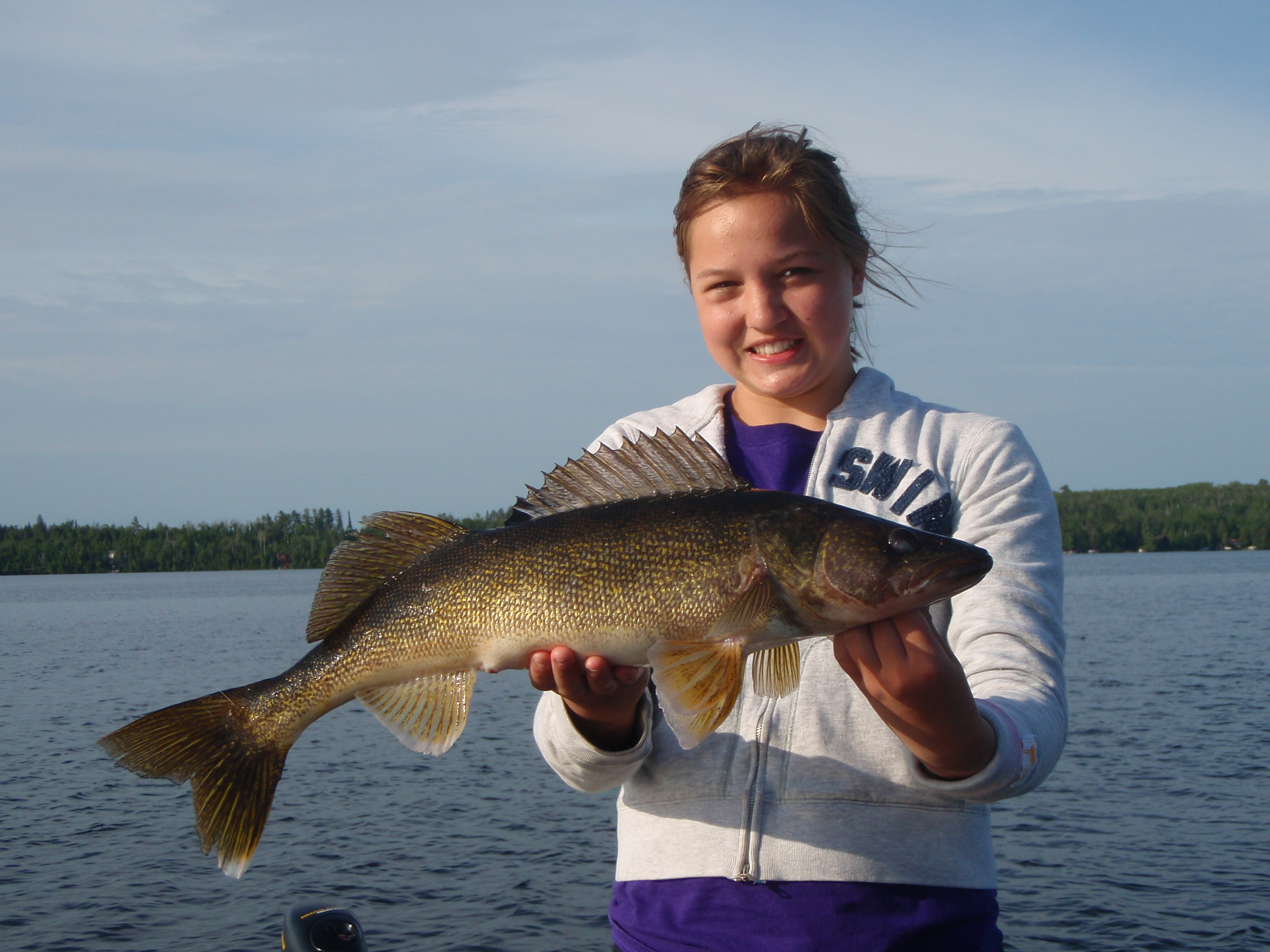 walleye 09 alexa 25