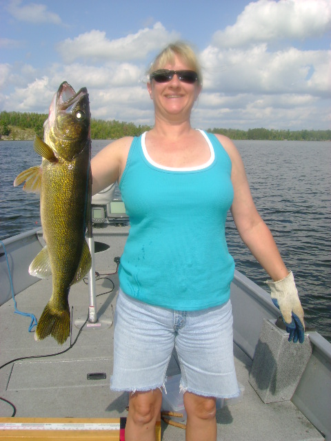 walleye09 vermilion queen26