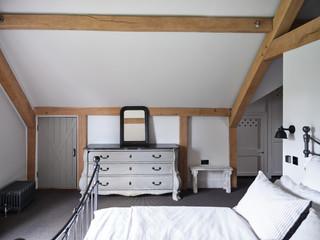 TRACY-HEAD---location-shots_Bedroom---Ma