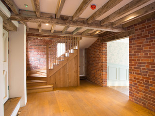 Grooms-room-staircase.jpg