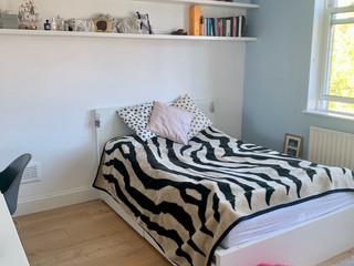 Sara-Chuk-bedroom-4-looking-in-from-door.jpg