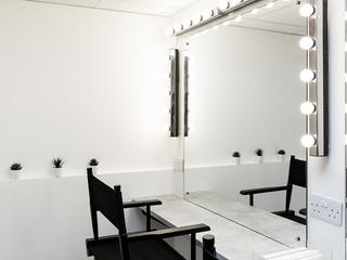 Dressing_Room2.jpg