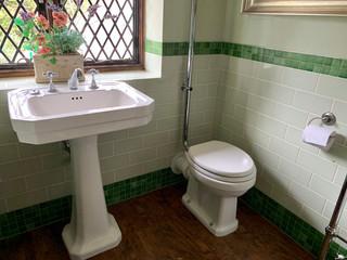 TT-Bathroom-4-alt.jpg