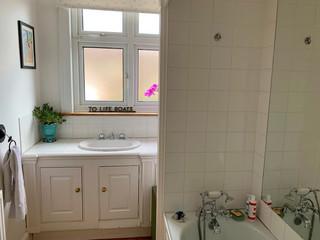 BARH-bathroom-2-alt.jpg