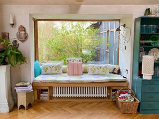 TT-Kitchen-Window-Lounge-.jpg