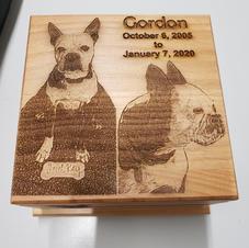 American Red Alder Pet Memorial Urn