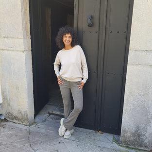 Jersey básico y pantalón de espiga