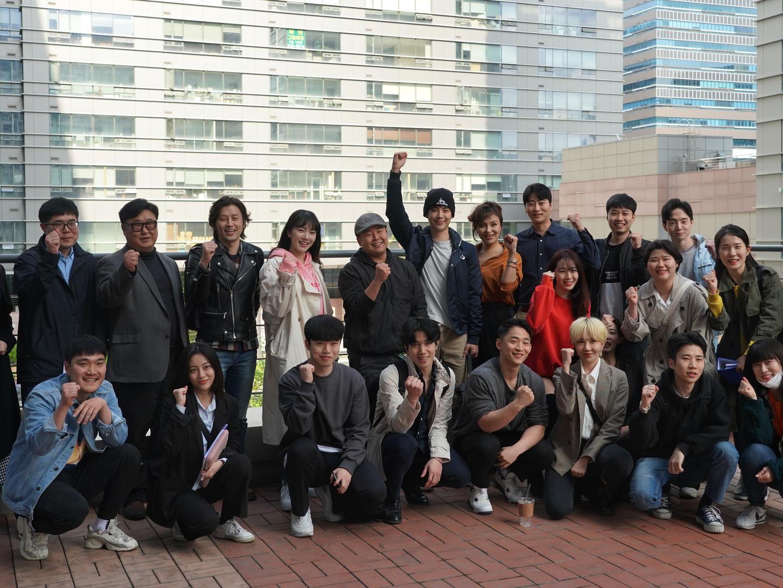 붉은 안갯속의 서울 출연배우