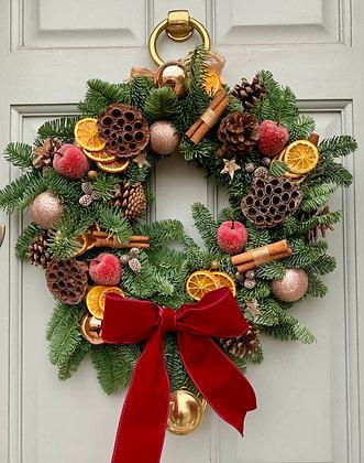 Fir Cone & Christmas Spices