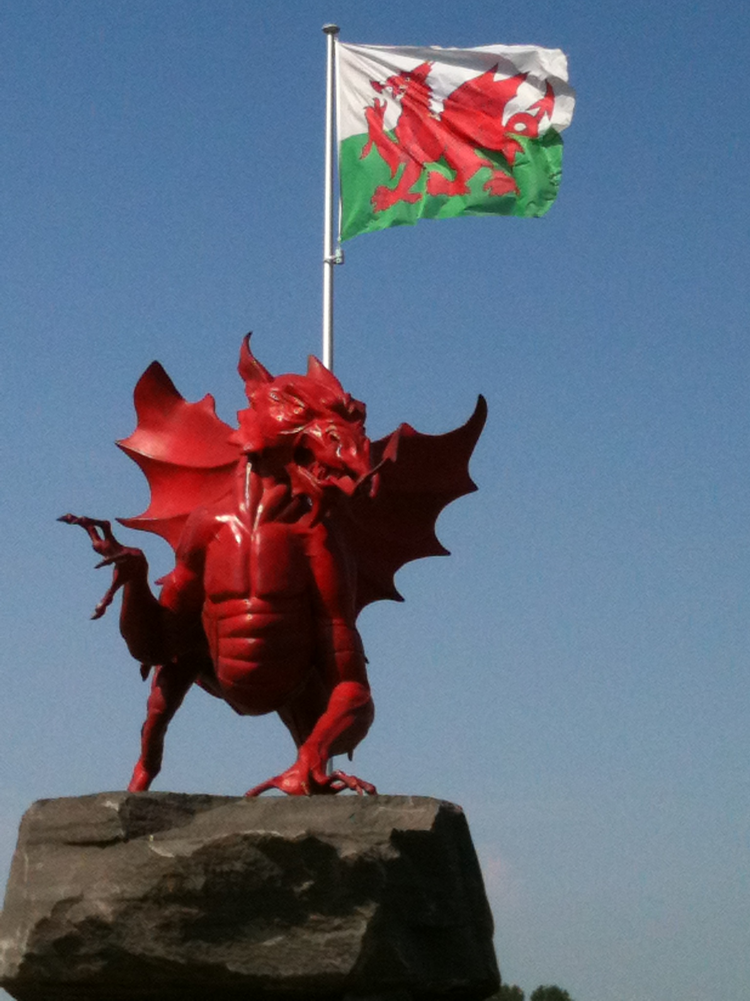 welsh dragon at pilkem ridge