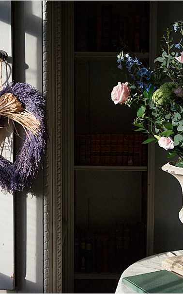 Flowers for any occasion to suit your style and home