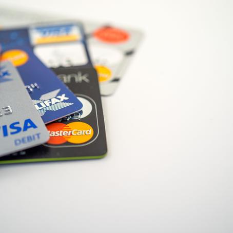 ¿Cuál es y cómo era la primera tarjeta de crédito en el mundo?