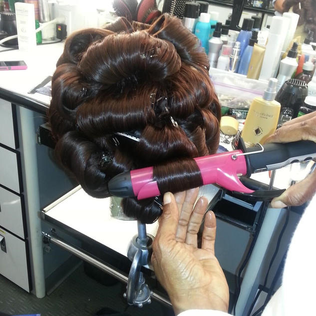 wig styling on set of scandal (1).jpg