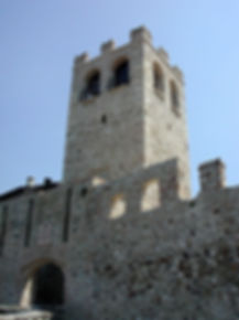 450px-Desenzano_Castello.jpg