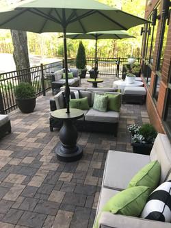 The Metropolitan Club patio