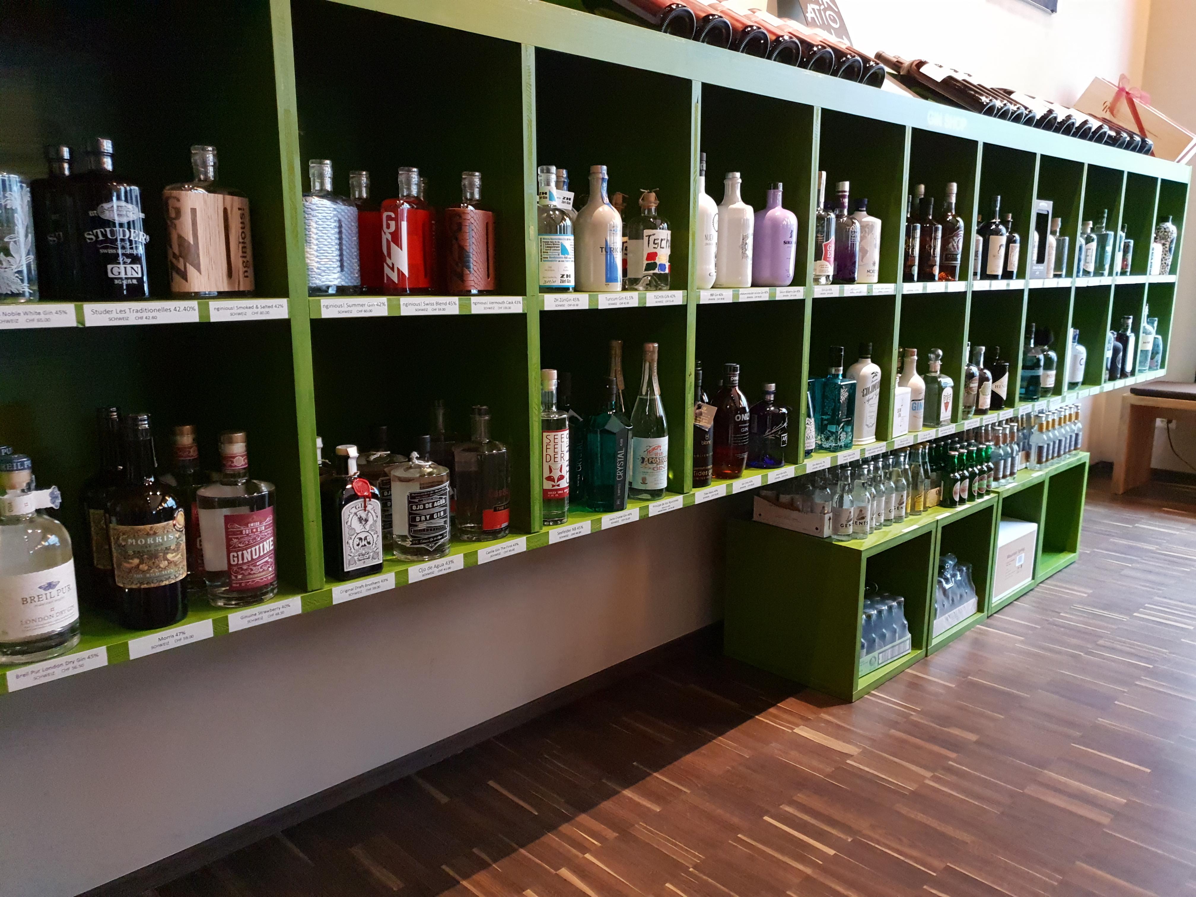 la esquina Gin Shop