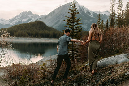 Anna+Carter-Banff-Rocky-Mountain-Kananas