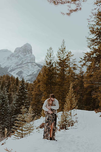 Canmore-Wedding-Engagement-Photographer-