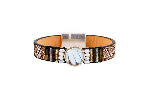 Bracelet en cuir brodé Nerissa