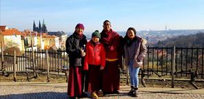 výlet v Karlových Varech při návštěvě Khempoly z kláštera DSL