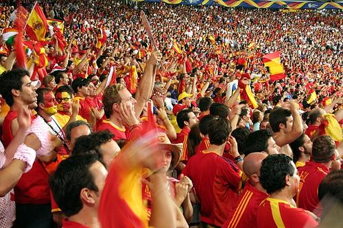 football-fans.jpg