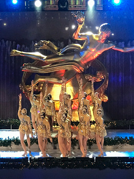 Alison Jantzie and the Rockettes