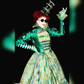 Alison Jantzie in Wicked Munchkinland Tour