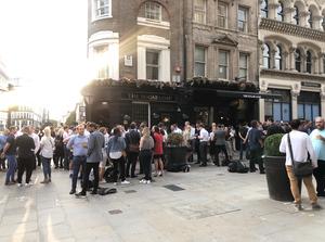 Sugarloaf pub london cricket sporting chance