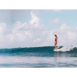 Sliding into the weekend like 💃🏽__🏄