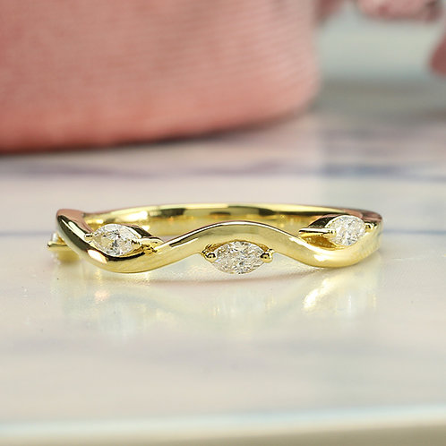 Smooth Marquise Band