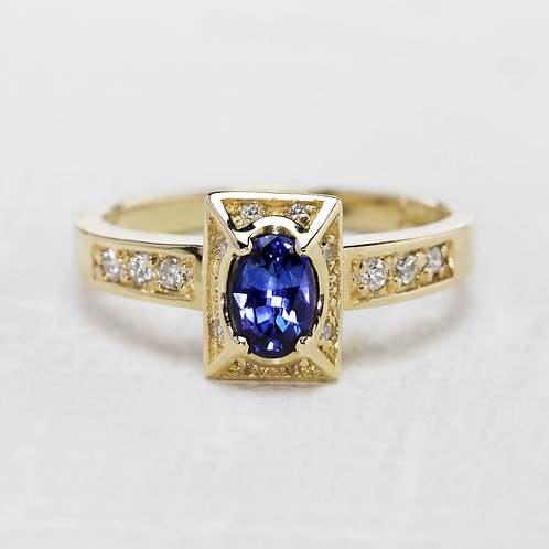 Picture Frame Sapphire Ring