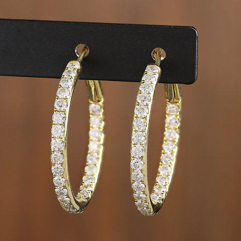 Diamond Hoop in Yellow Gold