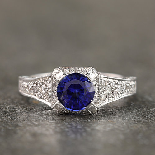 Antique Charm Sapphire Ring