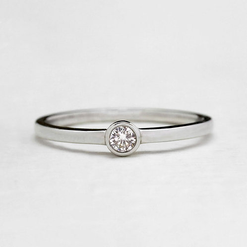 Single Bezel Ring
