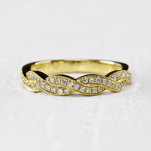 Interweaving Diamond Band