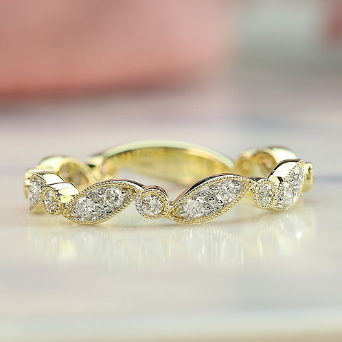 Wavy Marquise Band