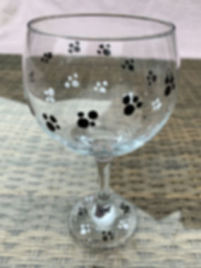 Gin Glass dog paw print design. Hand wash only!