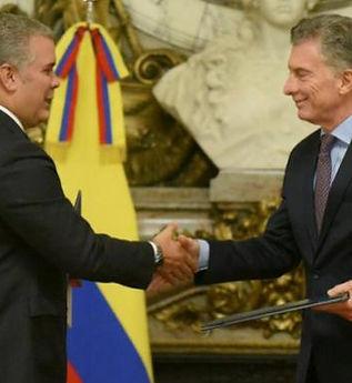 ivan-duque-presidente-de-colombia-con-ma