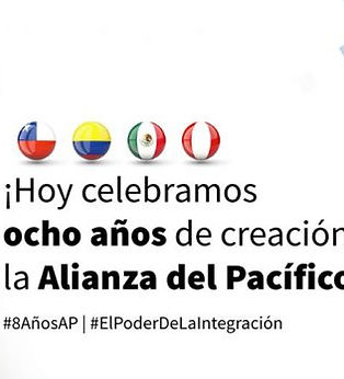 celebracion8anios-696x348.jpg