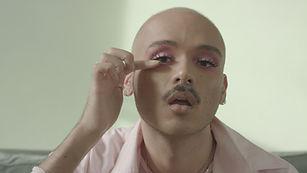 Homme maquillé