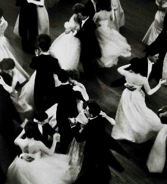 tanssiaiset.jpg