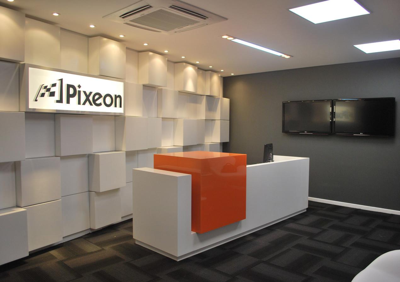 Pixeon 03.JPG