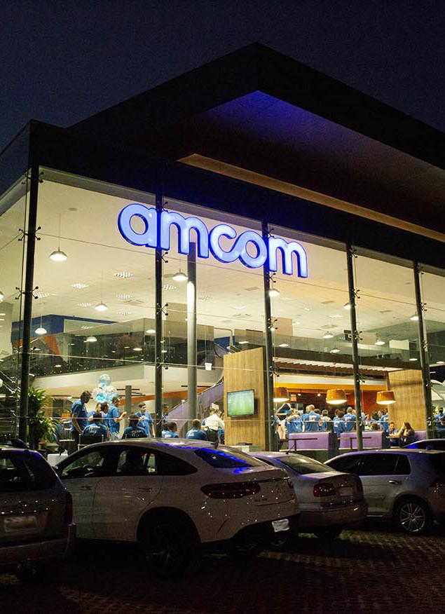 amcom12.jpg