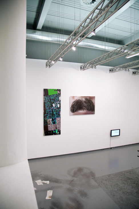 Nicola Piccini, Unwrapped, Photo Serie, Installation View at Hgb Gallery Leipzig
