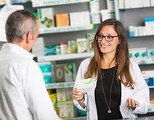 32361220-farmac%C3%83%C2%A9utico-y-clien