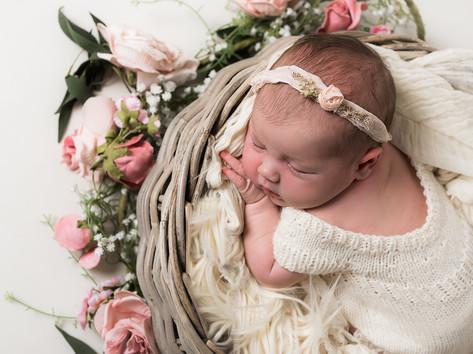 newborn photographer leeds photoshoot ba