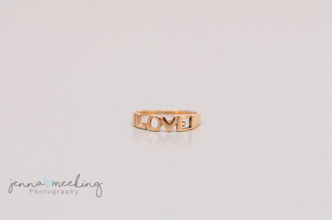 wedding jewellery a gift for the bride, yorkshire wedding photography