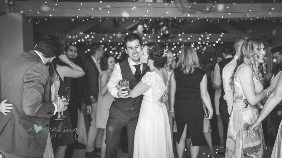 yorkshire wedding photographer.jpg